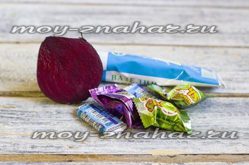 ингредиенты для приготовления красной помады из жвачки