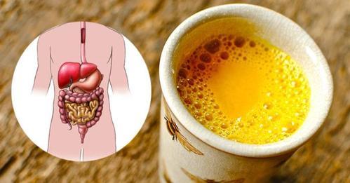Вода с лимоном и куркумой для здоровья и очищения организма